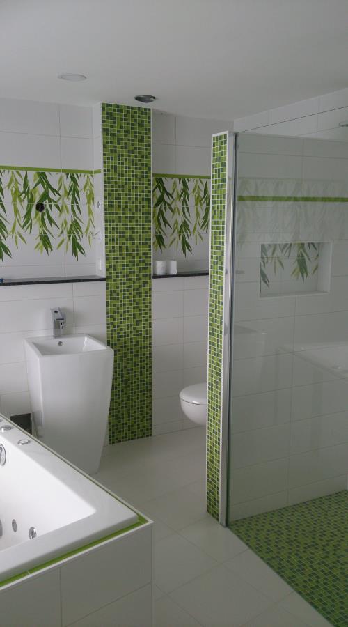Komplette Badezimmer Sanierung Mit Mosaikeinlagen