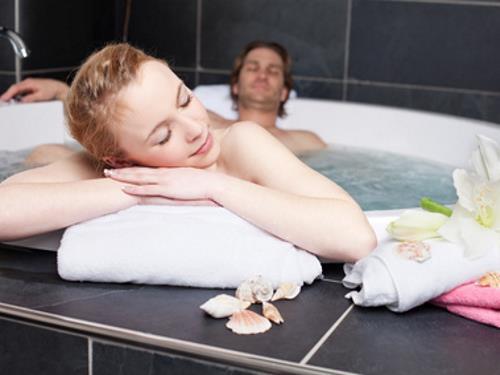 Badsanierung Fliesenleger Jupe